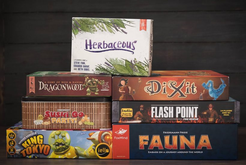 7 Games to Play After Your Holiday Meal