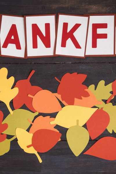 Thankfulness Leaves: A Thanksgiving Tradition